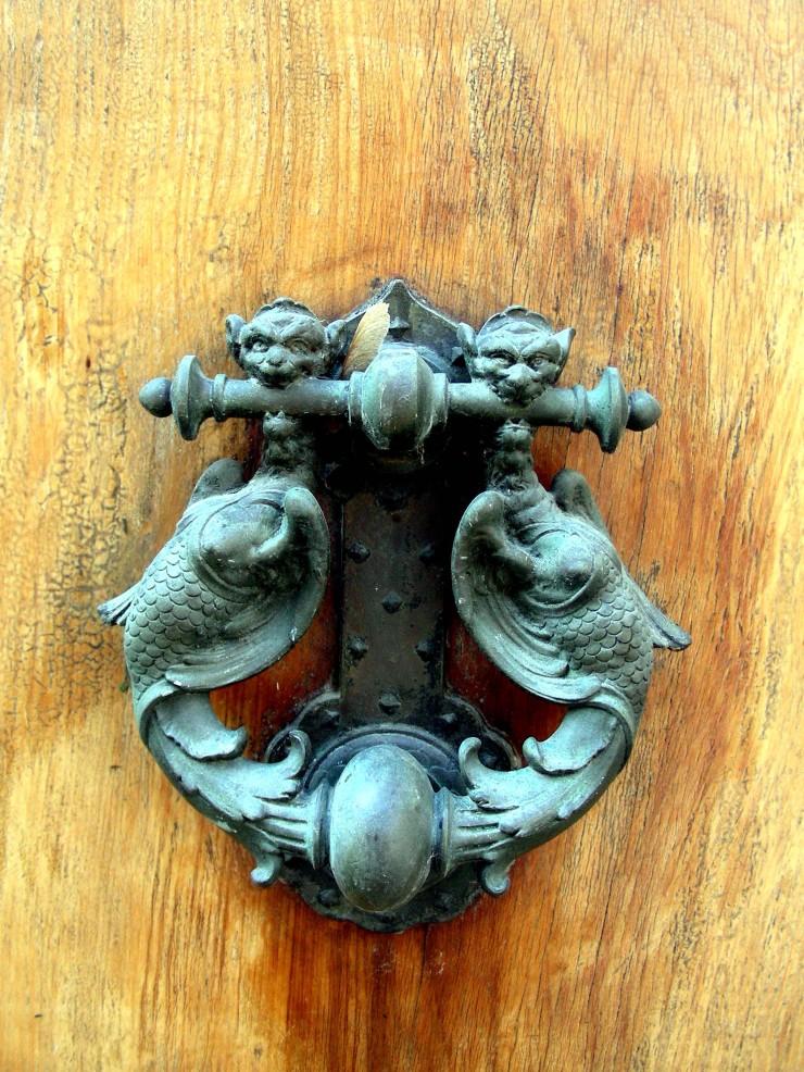 Tuscan knocker